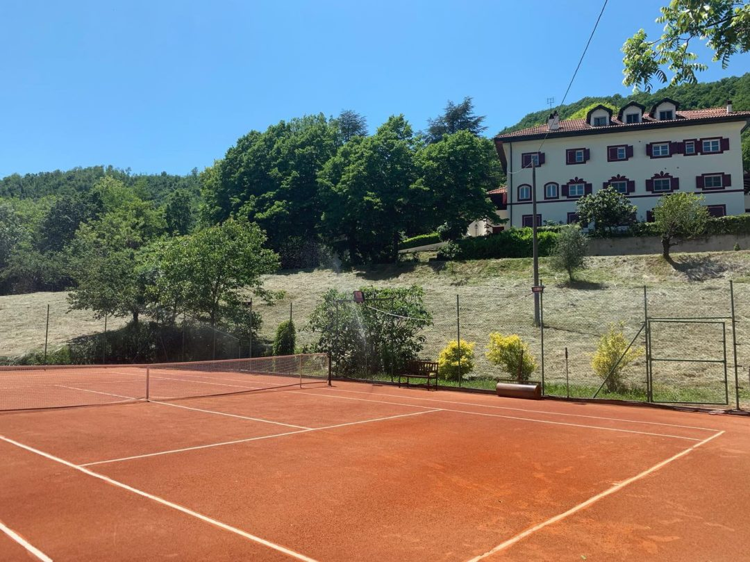 Estate tennis court